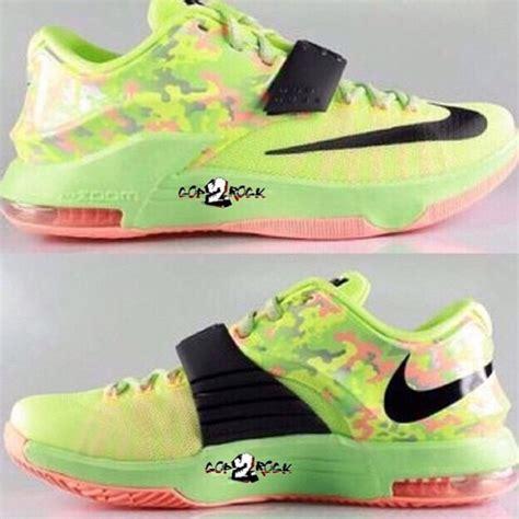 Nike Kd7 Easter 1 kd7 easter 复活节配色亮相 653996 030 球鞋资讯 flightclub中文站 sneaker