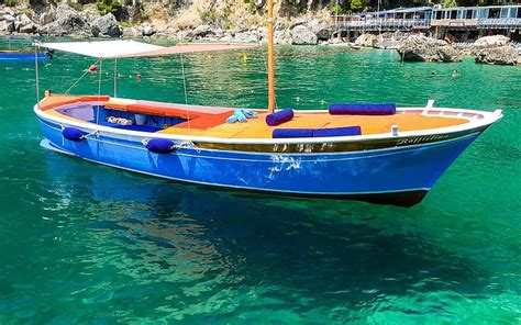 boat blue book canada capri blue boats on capri explore the most beautiful