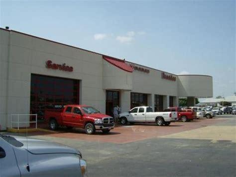 Arkansas Jeep Dealers Breeden Chrysler Dodge Jeep Car Dealership In Fort Smith