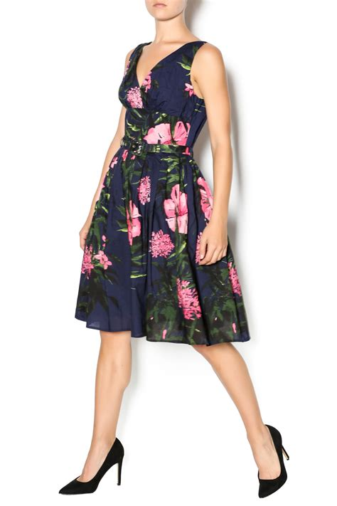 Dress Perempuan Navy Pink aryeh navy and pink floral dress from california by prevues shoptiques