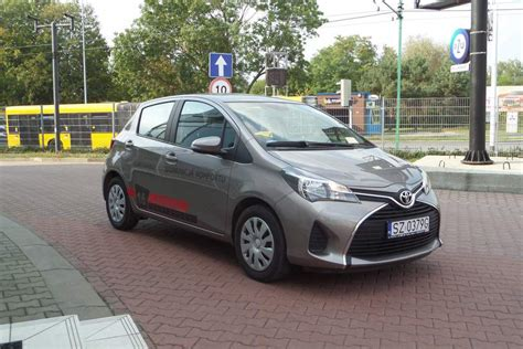 2015 Toyota Agya 989 1 0 Na toyota yaris 1 0 active benzyna 2015 r autoranking pl