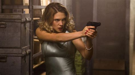 french film girl obsessed doctor l 233 a seydoux s spectre character madeleine swann doesn t