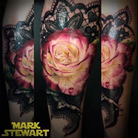 jose garcia tattoo artist spitzen hintergrund blume and prachtvolle tattoos on