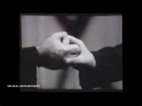 illuminati gestures obama illuminati masonic symbols satanic handsigns