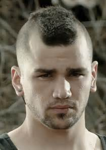 High and tight recon short haircut for men