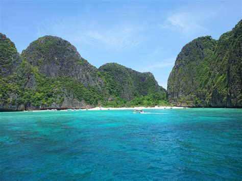 dive tours phi phi scuba diving 3 dives 3700 thb phuket dive tours
