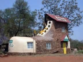 Bizarre Houses Pics Photos Strange Houses