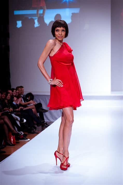fashion has heart charity extravaganza file tamara taylor wearing mark belford heart and stroke