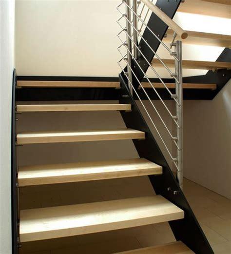 treppen aus stahl wangentreppe aus stahl treppen und gel 228 nder luxholm