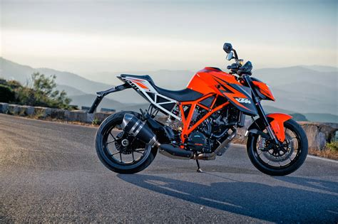 2014 Ktm Superduke 2014 Ktm 1290 Duke R 18 Global Moto Trend