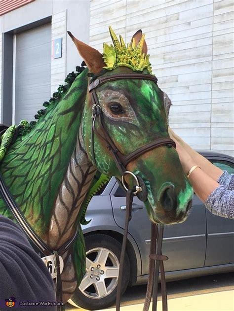 turn  horse   dragon costume