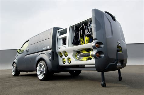 concept work truck nissan nv2500 preview car body design