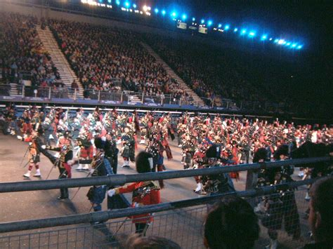 edinburgh tattoo end time edinburgh military tattoo 2004
