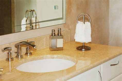 How To Make A Small Bathroom Look Bigger by How To Make A Small Bathroom Look Bigger