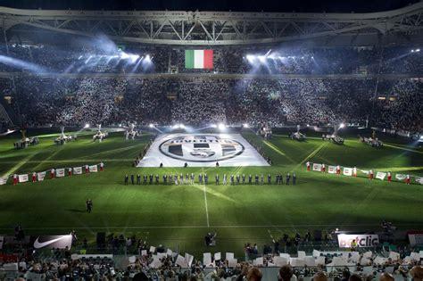 panchina juventus stadium cerimonia d inaugurazione juventus stadium parata di