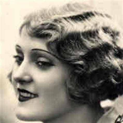 how to do 1920 hairstyle finger waves cup of kitten tea finger waves and a wee give away