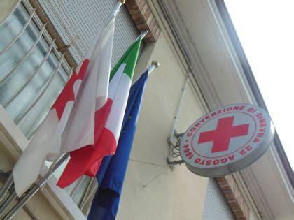 croce rossa italiana sede legale attenzione alle truffe dei falsi volontari cri croce
