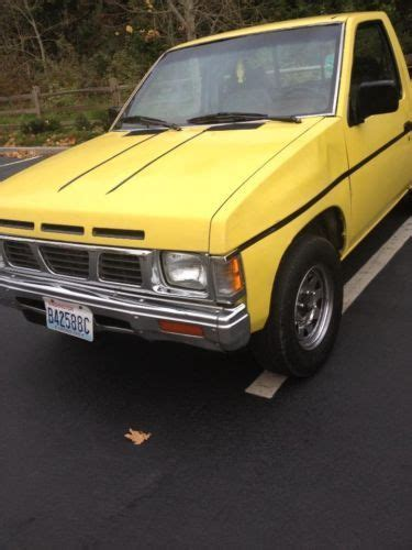 Buy Used Nissan Pick Up Yellow Short Bed Manual In Kent