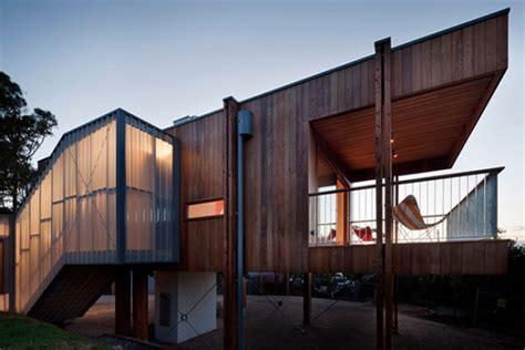 modern beach house built  natural materials adorable