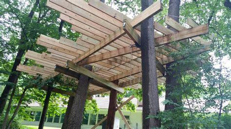 baumhaus konstruktion oak leaf treehouse construction treehouse world