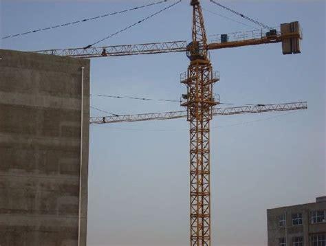 constructing tower crane kangaroo crane circa  australian inventions pinterest
