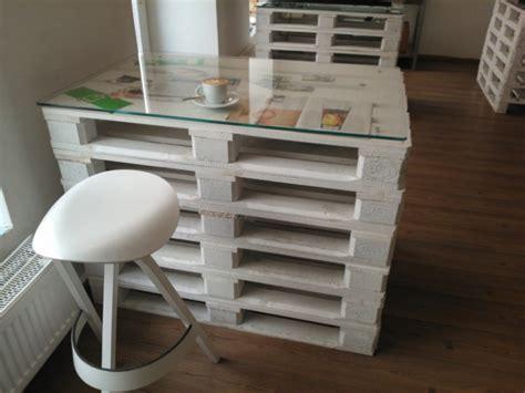 Unique Desk Ideas un meuble en palette beaucoup des possibilit 233 es
