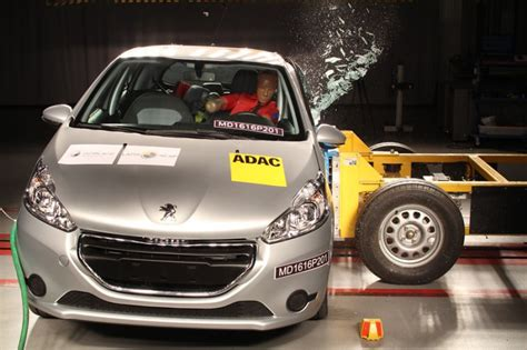 Kia Crash Test Kia Picanto And Peugeot 208 Fail Ncap S Crash Tests