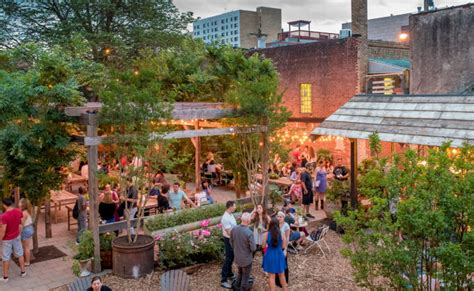 Phs Pop Up Garden by Eight Wine Events To Check Out In Philly This Weekend