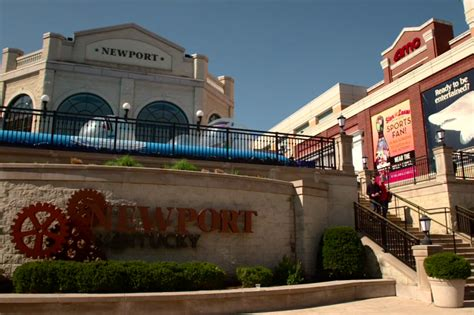 theme hotel newport ky newport on the levee south riverfront cincinnati