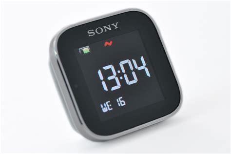 Smartwatch I One sony smartwatch une montre en apparence