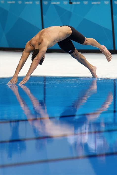 michael phelps dive michael phelps pictures olympics day 6 swimming zimbio