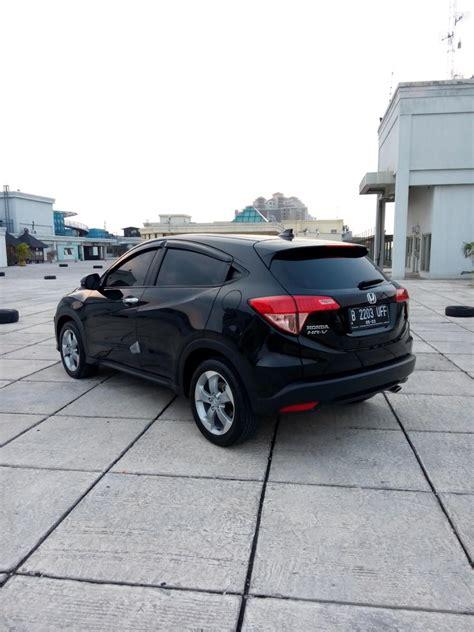 Mobil Honda Hrv 1 5 E Cvt hr v honda hrv 1 5 e cvt matic 2017 hitam km 4 rban
