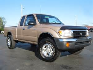 2000 Toyota Tacoma Pictures 2000 Toyota Tacoma Sr5 4x4 2 7l 4 Cylinder Auto Sold