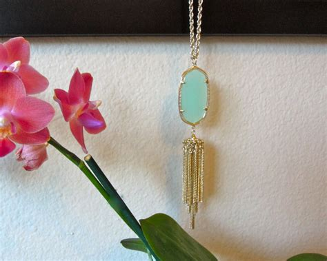 Kendra Scott Giveaway - giveaway kendra scott rayne necklace