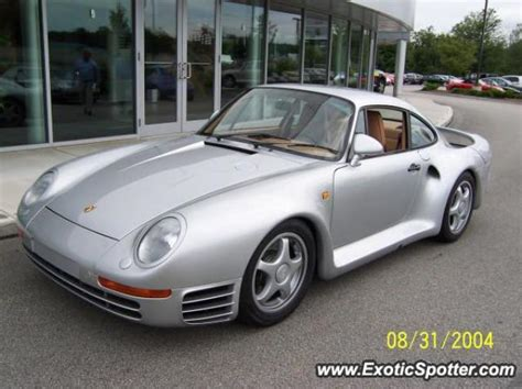 porsche 959 spotted in nashua new hshire on 02 10 2005