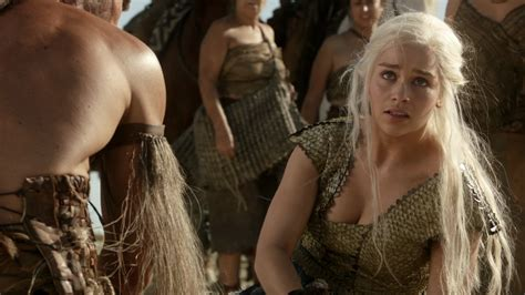 emilia clarke of thrones of thrones season 1 episode 9 baelor photos filmbook
