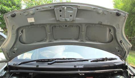 Toyota Cayla Silver Peredam Kap Mesin toyota yaris e a t 2008 silver metalik tgn 1 low km 40 rb antik mobilbekas