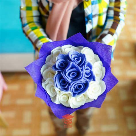 Boneka Wisuda Warna Ungu jual kado buket bunga ungu putih flanel jogja 0858 7874 9975