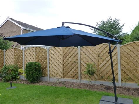 Free Standing Patio Umbrellas Free Standing Umbrella Base With Wheels Home Ideas Collection Aluminum Free Standing