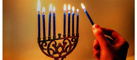 shabbat candle lighting uk hanukkah festival of lights christians united for israel