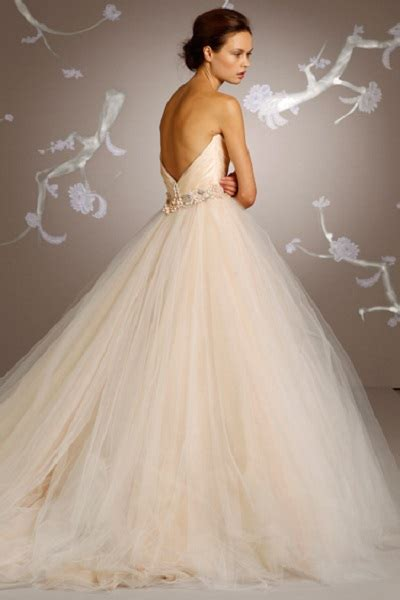 Tulle Wedding Dresses by 15 Wedding Dress Details You Will Fall In With