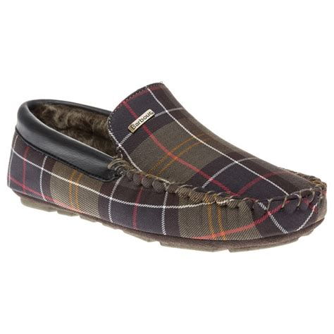 barbour slippers mens mens classic barbour monty slippers at soletrader