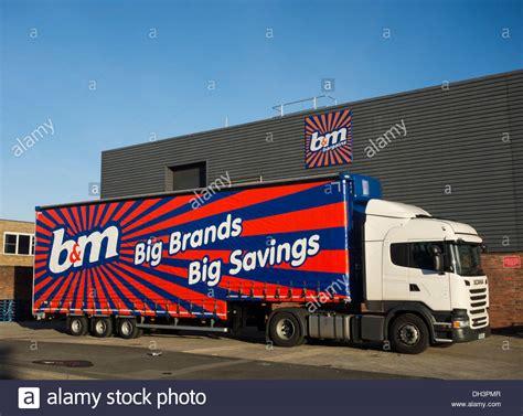 Trucker M b m delivery truck outside store in billingham uk stock