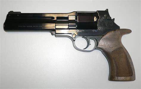 Re Volver revolver object bomb