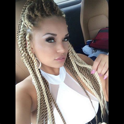 Straight Up Hairstyles With Dreadlocks