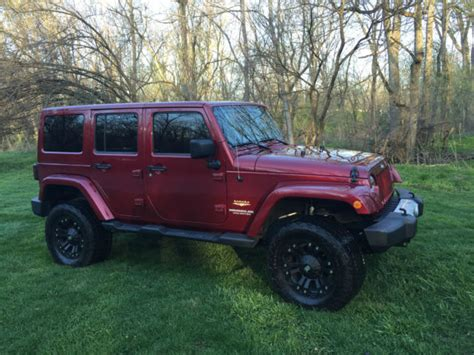 2012 Jeep Wrangler Lifted Modified Unlimited 4 Door