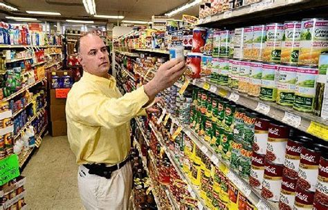 Food Pantry Syracuse Ny by Syracuse Market Owner Many Others Step Up To Help