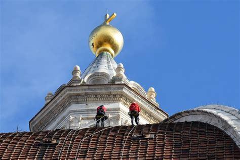 cupola brunelleschi firenze firenze gli alpinisti scalano la cupola brunelleschi