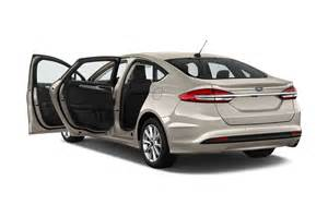 Ford Fusion 2017 Ford Fusion Reviews And Rating Motor Trend