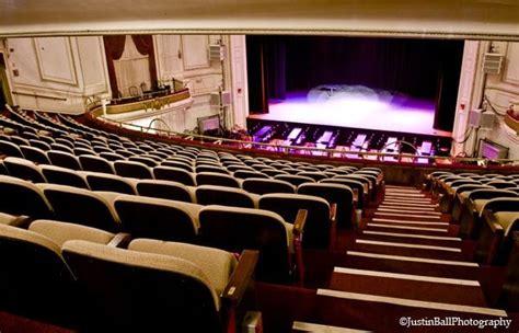 wilbur theatre yelp